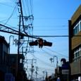 古い信号機と町並み